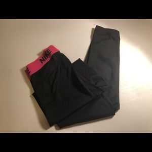 NIKE ATHLETIC / WORKOUT PANTS